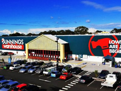 Bunnings Warehouse Outside